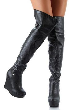 I think I want to wear nothing but hooker boots next winter...