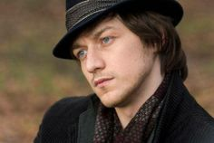 Still of James McAvoy as as Max Campion/Johnny Martin in Penelope (2008)