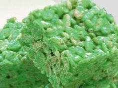 Green Rice Krispie Treats for St. Patricks Day ...... These would be cute cut out with a shamrock cookie cutter.