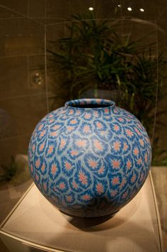 Contemporary Japanese pottery at the Sackler Gallery by Jeff Mather, via Flickr