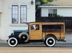 Ford Model A Woody pickup Antique Trucks, Vintage Trucks, Antique Cars, Ford Classic Cars, Classic Trucks, Woody Wagon, Car Ford, Ford Models, Cool Trucks