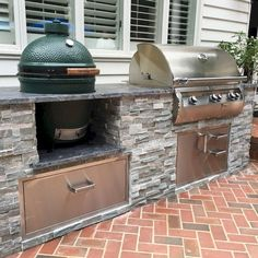 56 Best Outdoor Kitchen and Grill Ideas for Summer Backyard Barbeque Outdoor Grill Area, Outdoor Cooking Area, Outdoor Kitchen Patio, Outdoor Kitchen Cabinets, Outdoor Kitchen Design, Outdoor Living, Outdoor Decor, Outdoor Kitchens, Out Door Kitchen Ideas