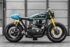 Suzuki GS400 Cafe Racer by Dino Maltoni (Dino's cycles from Mendoza, Argentina) - Photo by Franco Martinez #motorcycles #caferacer #motos | caferacerpasion.com...