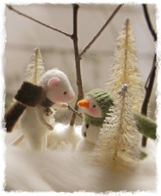 Amy Brand Sweet Pea Felts Needle Felted Mice...see our little interview and more pics of her magical tiny worlds!