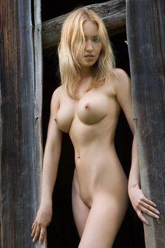 Beautiful puerto rican girl nude