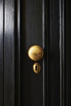 Design*Sponge Hardware  - door knobs, cabinet pulls, door handles and more!
