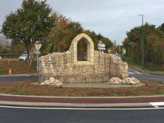Le vieux mur — Lancelot & Cie réalise toutes sortes de décors sculptés