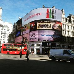 Got to love Piccadilly Circus first thing in the morning.…London, oh gorgeous London!