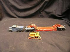 2 Lesney Models Of A Pickfords Transporter And A Bulldozer - http://www.matchbox-lesney.com/50788