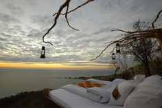 Outdoor bed at Nkwichi Lodge