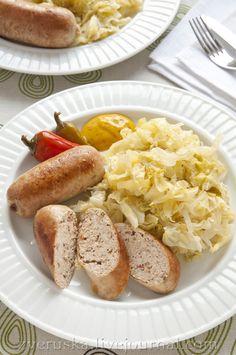 Домашние куриные колбаски с вялеными томатами и розмарином