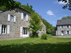 Maisons et propriété familiale aux portes de la Bretagne et de la NormandieLocation de vacances à partir de La Baconnière @homeaway! #vacation #rental #travel #homeaway