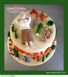 Ogród, warzywniak, ogrodniczka, babcia, tort dla ogrodniczki, tort dla babci, tort dla miłośnika ogrodu, uprawa ogrodu, warzywa