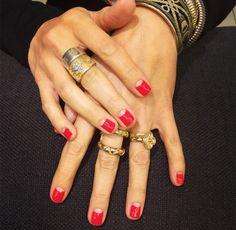 Half moon jungle red nails + Gold rings