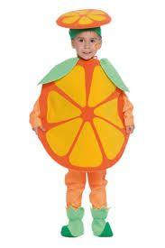 Risultati immagini per costume carnevale materiale riciclato frutta