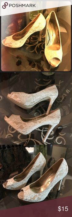 Nine West Heels Size 7 1/2. Heels approximately 3 inches. Never worn and in good condition. The inside padding is slightly peeled. Nine West Shoes Heels