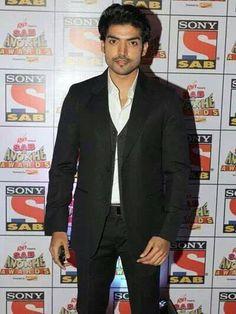 Gurmeet Choudhary, Drashti Dhami, Awards, Suit Jacket, Breast, Handsome, Wallpapers, Indian, Actors