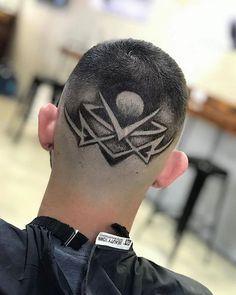 61 Ideas For Hair Art Shaved Haircuts Trendy Haircuts, Girl Haircuts, Hairstyles Haircuts, Haircuts For Men, Trending Hairstyles, Faux Hawk Men, Short Faux Hawk, Medium Hair Cuts, Short Hair Cuts