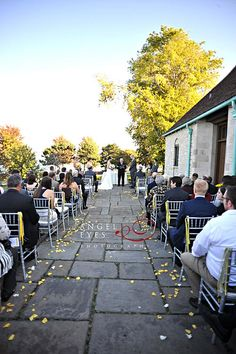 Promontory Point wedding photos, Chicago Park District, Hilda Burke Angel Eyes Photography, fall colors yellow, fun unique details (18)