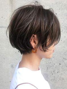 57 hottest short bob haircuts for women 00101 ~ Litledress Bob Haircuts For Women, Medium Bob Hairstyles, Short Bob Haircuts, Simple Hairstyles, Medium Hair Styles, Short Hair Styles, Hair Arrange, Hair Affair, Great Hair