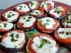 Eggplant Parmesan Melts. Easy. Healthy. Flavorful. 180 calories, 4 WWPP http://simple-nourished-living.com/2012/09/easy-healthy-skinny-baked-eggplant-parmesan-melts/