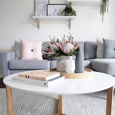 Living Room Inspo ✨ The home of Interior Design Furniture, Lounge Room Styling, Family Room, Cozy House, Living Room Designs, Interior, Home Decor, House Interior, Scandanavian Living Room