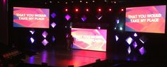 Kaleb Wilcox fromWillow Creek Community ChurchinNorthfield, IL brings us this this stage design from Easter 2014. The hanging diamond shapes were created by stapling two Mio paper form tiles bac...