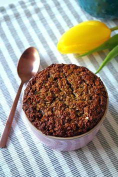 Mug-cake uit de oven met havermout en pindakaas