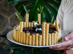 Recette et décoration du gâteau panda #recette #cuisinecreative #fun #recipe #gateau Panda Birthday Cake, Party Co, Food Crafts, Waffles, Treats, Baking, Breakfast, Sweet, Desserts
