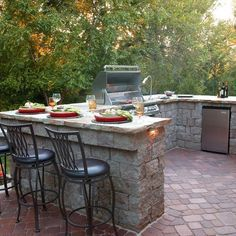 Outdoor Built In Grill Ideas, Pictures, Remodel and Decor #outdoorkitchengrillideas