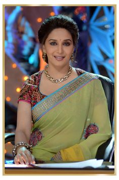 Madhuri Dixit wearing jewellery by Gehna jewellers in Jhalak Dikhla Jaa.