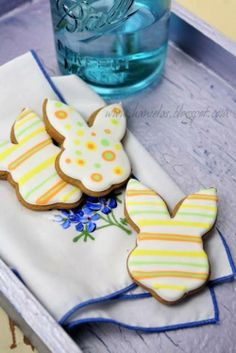 Decorated Sugar Cookies Tutorial - Easter Bunny Repinned By:#TheCookieCutterCompany