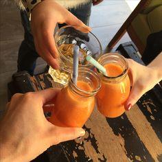 Pause détente à la Ronronnerie à Nice !  #Nice #nicelepante #healthy #miniwan
