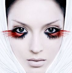 Dramatic out of this world red lower lash eyelashes