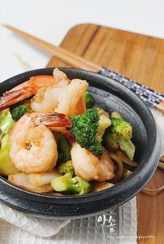 korean diet, korean food, a food, food and drink, gourmet rec. Broccoli Diet, Full Fat Greek Yogurt, A Food, Food And Drink, Korean Food, Korean Diet, Diet Snacks, Diet Meals, Light Recipes