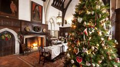 Ightham Mote decorated beautifully for Christmas © National Trust Images / John Miller