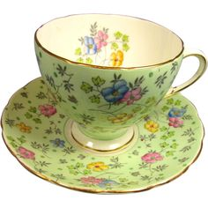 This lovely bone china lime green chintz cup and saucer was manufactured by E Brain & Co (EB) at his Foley China Works in Fenton, Staffordshire, Hd Vintage, Vintage Tea, Vintage Crockery, Teapots And Cups, China Tea Cups, Shabby, China Dinnerware, Tea Cup Saucer, Tea Party