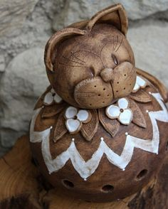 Kočka od sousedů 2. Cat Crafts, Arts And Crafts, Clay Projects, Projects To Try, Clay Cats, Air Dry Clay, Sculpture Clay, Gourds, Terracotta