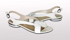 Sandały w kolorze jasny beż nr wzoru 2570/2; 10 mm, 179 PLN