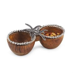 Mango wood bowls feature cast aluminum  starfish and rope detail.