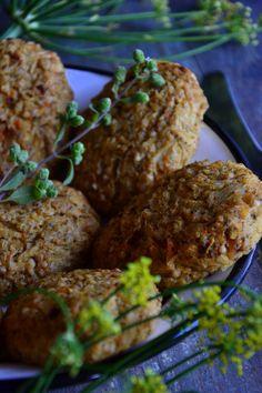 WEGAŃSKIE GOLASY Z KASZY GRYCZANEJ Vegan Recipes, Cooking Recipes, Aga, Ethnic Recipes, Food, Vegane Rezepte, Chef Recipes, Essen, Eten