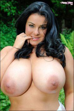 Ashwaria ria naked
