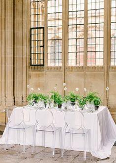 Sarah Harper Floral Design Brand Shoot - The Timeless Stylist Luxe Wedding, Wedding Decor, Wedding Table, Wedding Ideas, Sarah Harper, Ghost Chairs, Flower Installation, Spring Wedding Inspiration, Spring Wedding Flowers