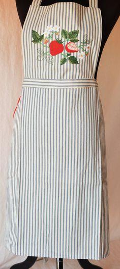 Strawberry Botanical apron, Embroidered apron, Pillow ticking apron, Fitted apron, Chef's gift, Kitchen decor, Housewarming gift. by NestingInstinctShop on Etsy