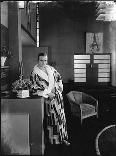1926 French film La Vertige, directed by Marcel L'Herbier, the actor Jaque Catelain in an Art Deco interior, and a bath robe designed by Sonia Delaunay