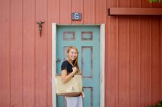 Perfect Market Tote for Mom! The sale of every bag helps provide education to kids in developing countries #CarryHope