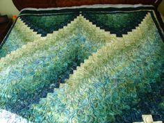 I LOVE Bargello quilts...the color and quilting in this is gorgeous!