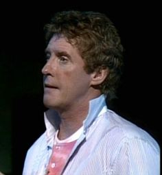 A thoughtful Barnum Michael Crawford-1985
