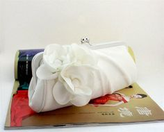 SIL082 Best Seller Pure White Camellia Design Evening Purse Elegant Satin Handbag Fashion Bridal Clutch with removable chains Miss ZhuZhu,http://www.amazon.com/dp/B00BWY8V90/ref=cm_sw_r_pi_dp_W800sb1ZDQDTS9DR