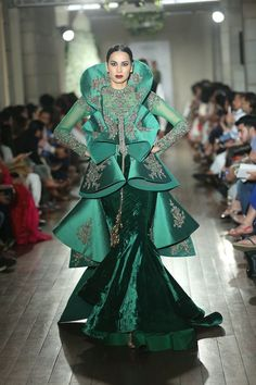 #Green#Layers#Gown#Grand#Royal#Opulence